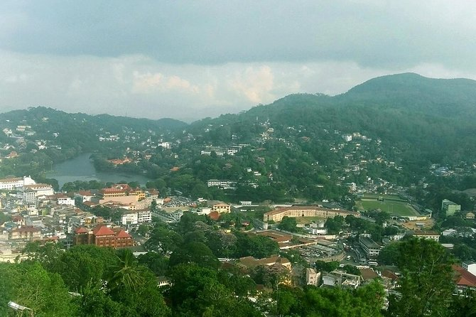 Kandy City Tour From Colombo | 2 Days photo 8