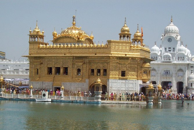 6 Days Golden Triangle Tour with Amritsar from Delhi