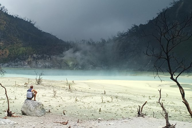 Kawah Putih tour - Day trip Ticket etc all including