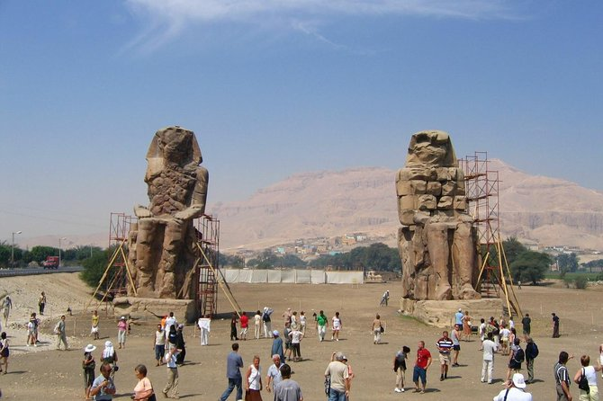 From Hurghada: Day Trip to visit Luxor and Valley of the Kings