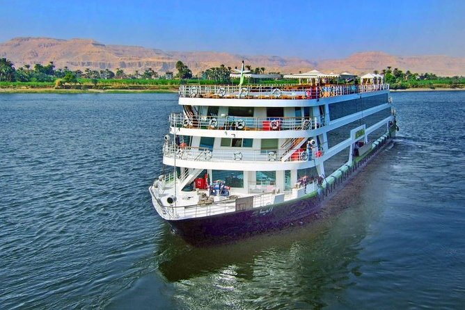Package 4 Days 3 Nights to Mövenpick Royal Lily NY Nile Cruise
