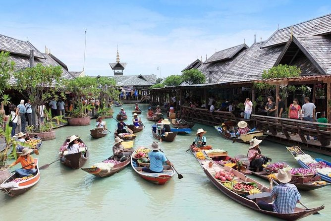 Private Tour : Floating Market & Pattaya City Landmarks with Lunch
