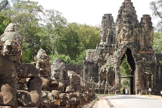 Tuk Tuk Tour , Sunrise Angkor Wat, Angkor Thom (Bayon) & Ta Prohm photo 10