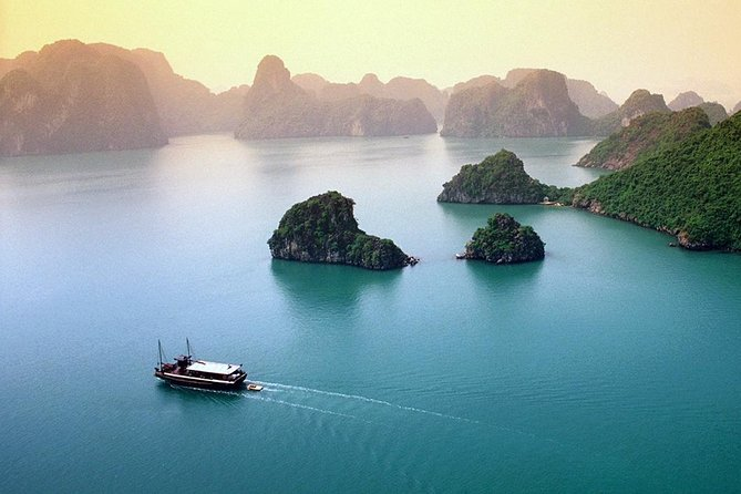 Halong Bay Full Day Tour From Hanoi photo 7