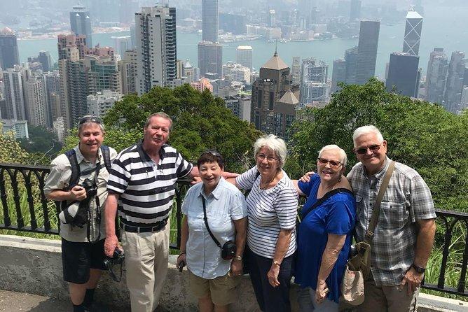 6 horas vale a pena ver paisagens no passeio privado pela ilha de Hong Kong de limusine