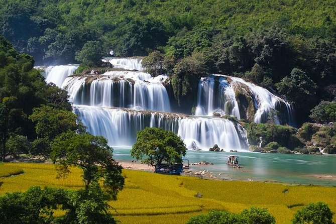 Ban Gioc Waterfall 2D1N From Hanoi Including Nguom Ngao Cave