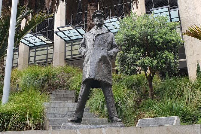 The Hunt for the Missing Monarch - An Auckland Adventure