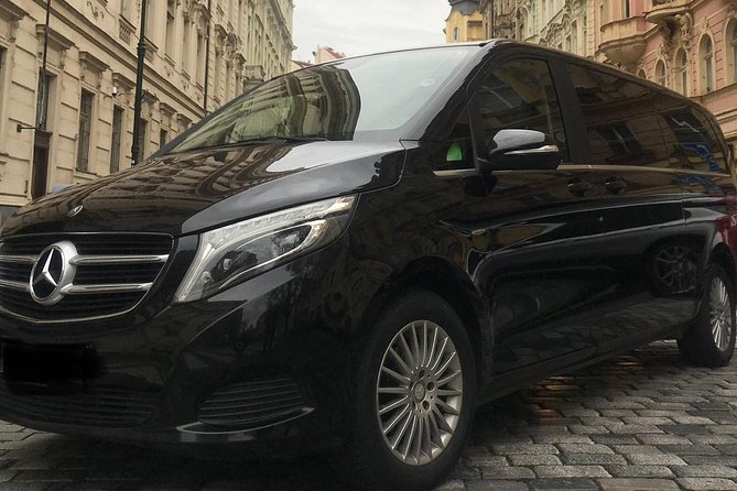 Private Transfer from Florenc Bus Station to Prague Airport