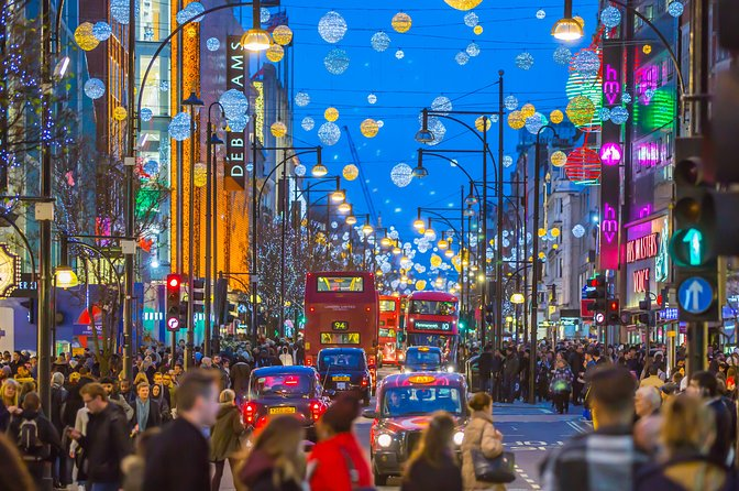 London Christmas Lights Walking tour for Kids and Families
