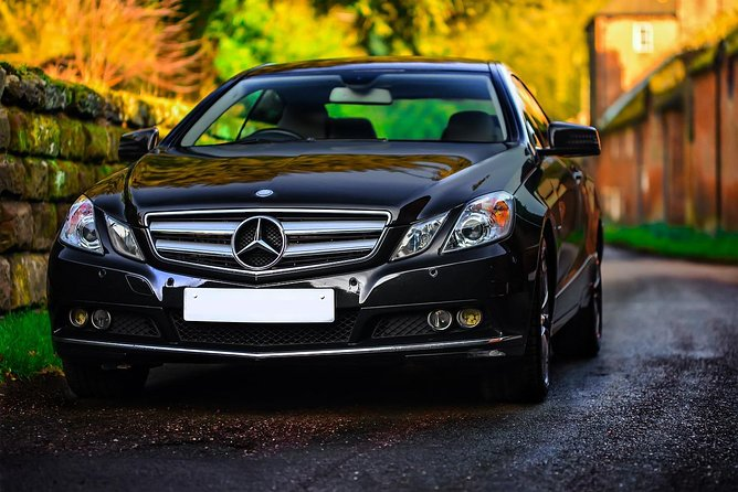Granada: Private Transfer IN or OUT in Upscale Vehicle with Professional Driver