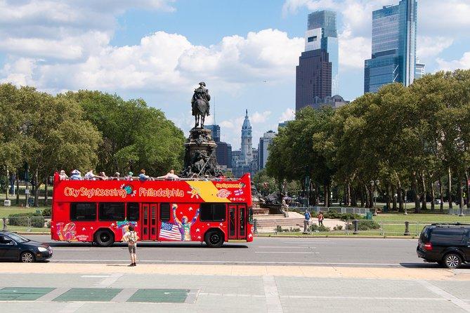 Excursão turística em ônibus panorâmico de dois andares pela Filadélfia
