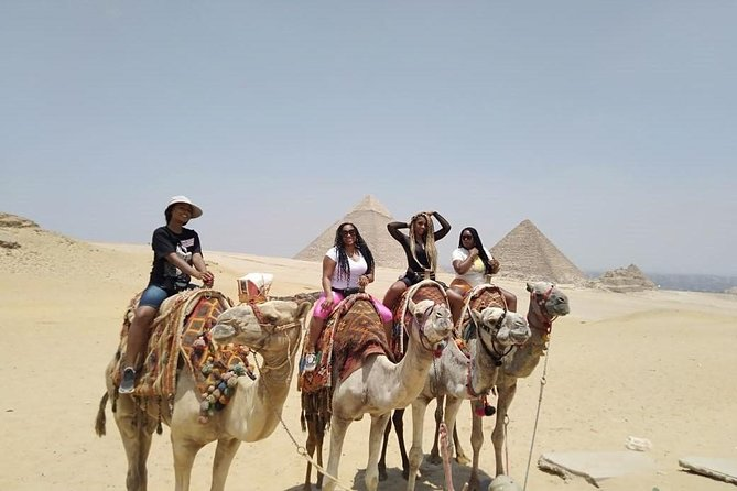 Private Half-Day Trip to Giza Pyramids with Camel Riding