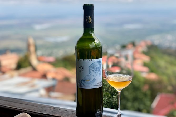 Wine-chasing - Full day private tour with lunch