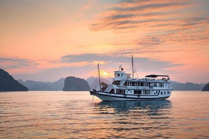 Halong Charm Boutique Cruise 2 Days 1 Night