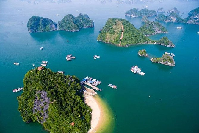 Halong Bay Full-Day Cruise with Kayaking from Hanoi photo 3