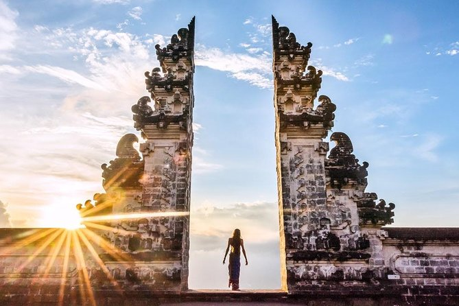 Bali Instagram Tour : Gate of Heaven & Most Beautiful Places in Bali