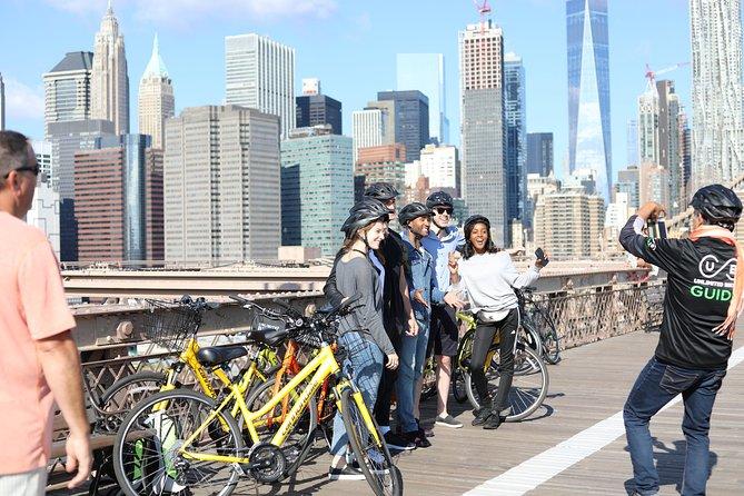 Lower Manhattan and Brooklyn Bridge Guided Bike Tour