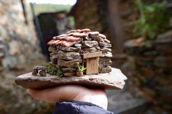 Miniature schist house workshop