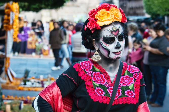 Celebrating Day of the Dead in Xoxocotlan Tour