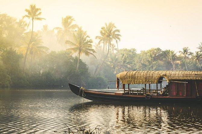 Visit & Explore Beaches and Backwaters of Kerala