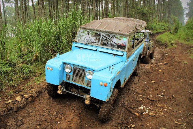 West Bandung Off Road Tour: Land Rover Fun Track in Lembang