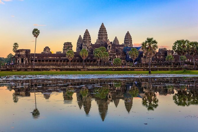 Private Day Tour Angkor Temples Adventure