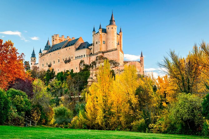 Avila and Segovia on your own from Madrid