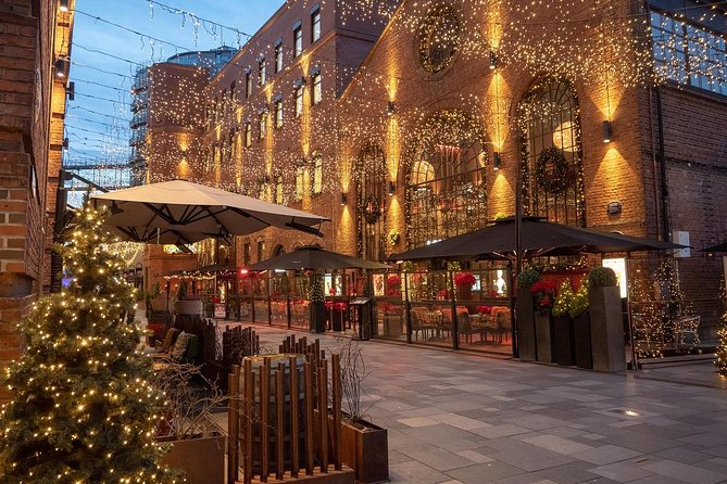 City Highlights and Christmas Markets Walking Tour (Private)