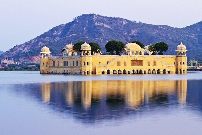 Private Jaipur Pink City Tour By Car From Delhi
