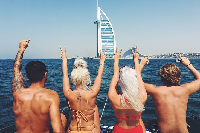 Dubai 3h Sea escape: Swim! Tan! Sightsee!