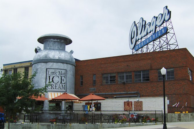 Spokes and Scoops: Explore Denver's top ice cream spots on an audio bicycle tour photo 1