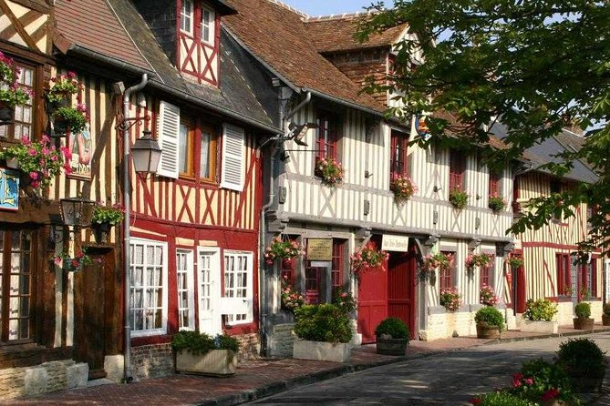 Normandy gastronomic tour from Paris : cidery, dairy, and typical villages !