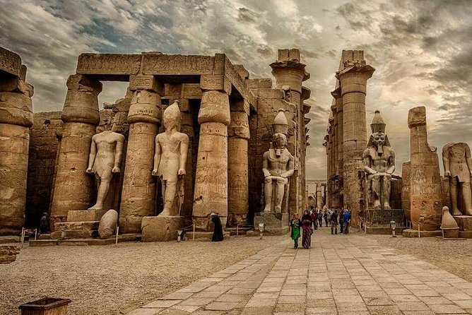 Full Day Tour West and East Bank in Luxor