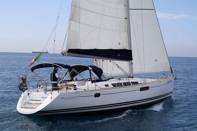 Pontine Islands sailboat rental