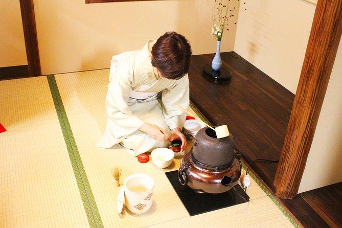 Kimono Lesson & Tea Ceremony with Licensed Tea Master (Near Tokyo Tower)