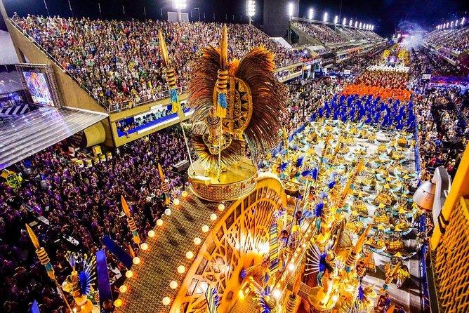 Ingresso Carnaval do Rio de Janeiro - Arquibancadas, Frisas e bilhete de Metrô grátis.