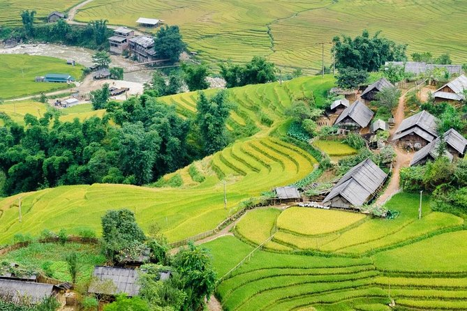 Sapa 3 Days 2 Nights ( 1 Night In Hotel 3 Star + 1 Night Homestay)- By Bus/train