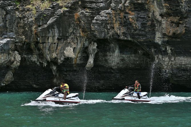 Shared Discover Magical Islands Jet Ski photo 9