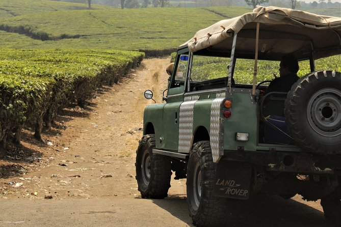 Private South Bandung Off Road Tour: Land Rover Fun Track in Pangalengan