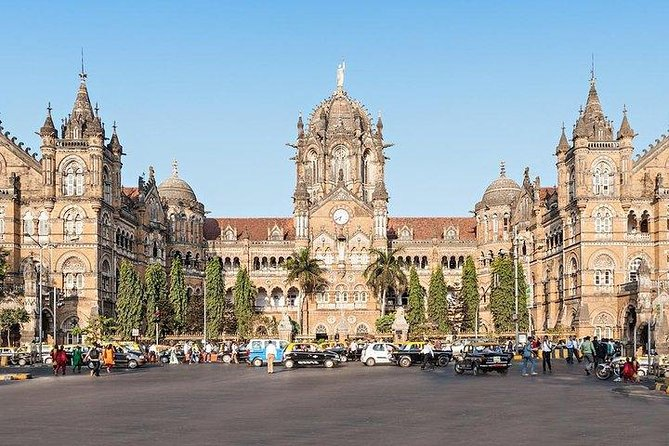 Mumbai By Local Transport - A Half-Day Private Trip