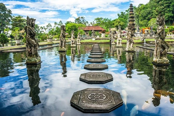 Private Tour: Gate of Heaven - Bali Instagram Tour