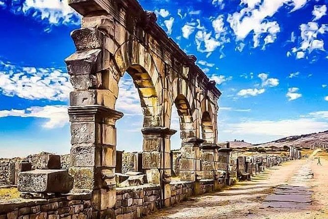 Overnight From Fez To Meknes,Volubilis And chafchawen