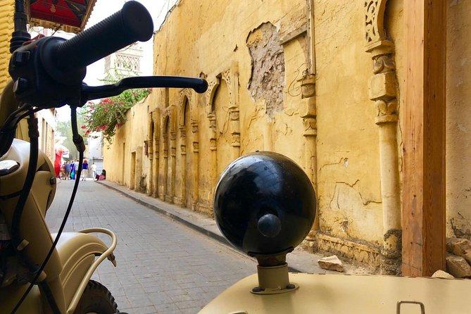 Discover Casablanca in Side Car