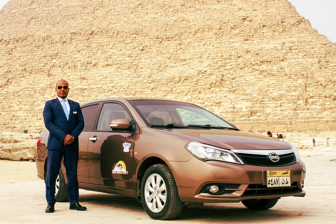Private Pickup transfer from Le Méridien pyramids to Cairo airport