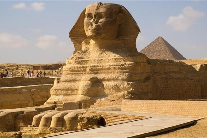 Half-Day Tour to Giza Pyramids: Camel Ride Included