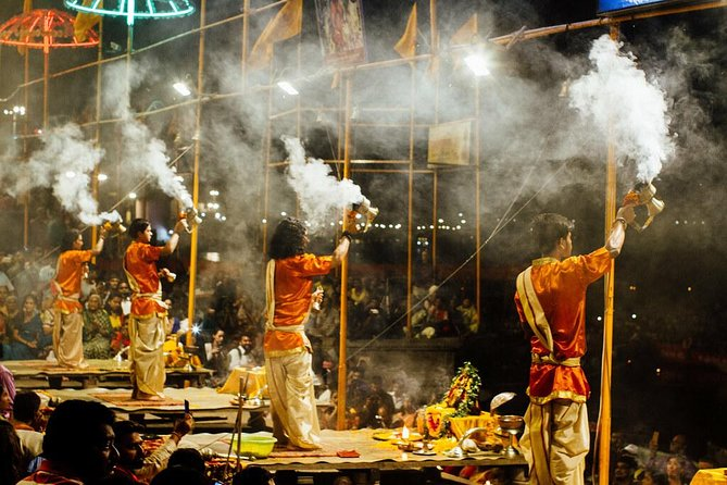 4-hours tours of Varanasi: Temples with Classical Dance & Ganges Aarti