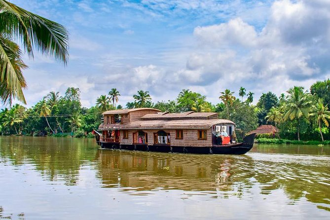 Day Trip To Alleppey Backwaters - A Guided Experience