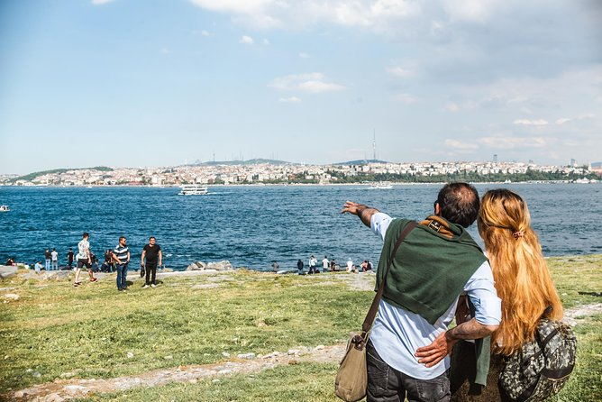 Kickstart your trip to Istanbul: private and personalized photo 9