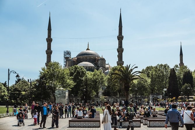 Kickstart your trip to Istanbul: private and personalized photo 12