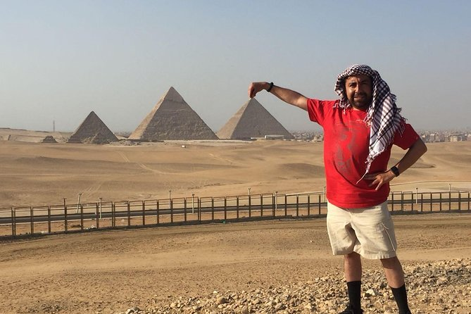 Private guided Half Day Tour To Pyramids and Sphinx